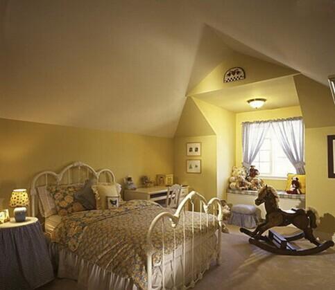 自己装修和装修公司装修相比能省很多钱 70平米房屋装修风格 日式挑高